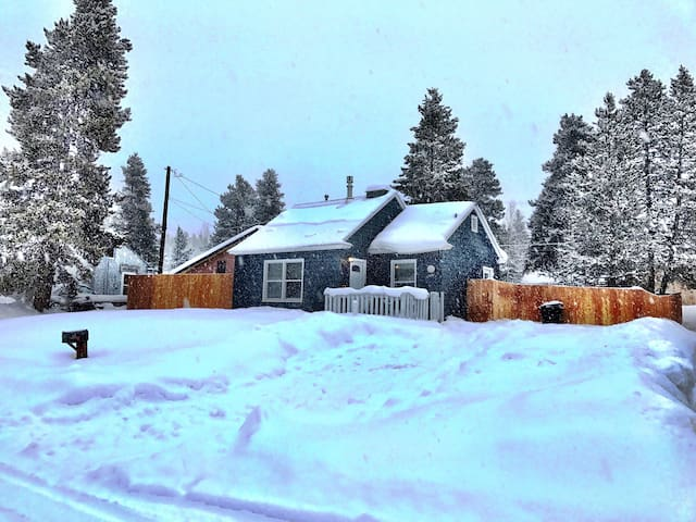 Cozy 1 BR/1BA tons of entertainment - Leadville - Huis