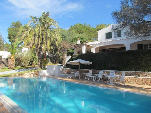 Large villa with sea views in Santo Tomás, Menorca