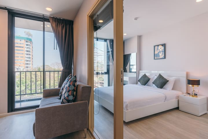 curated suite in nimman by Belcarra Spaces (r51)