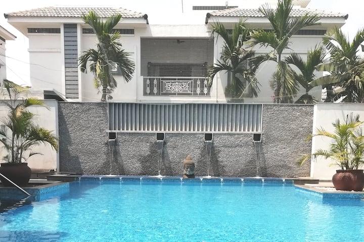 Pool-view flat in Luxury Commune, OMR, Chennai