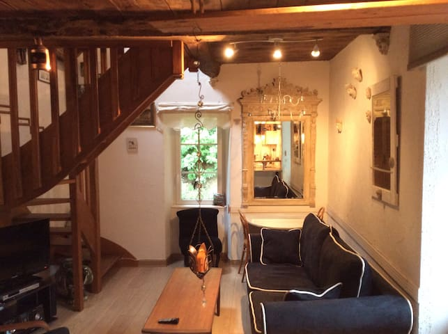 """Cozy Loft in breathtaking Area"" - Dinan"