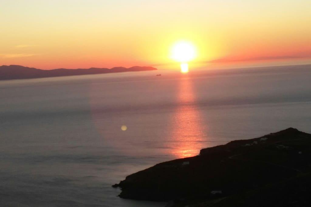 Sunset in Kardiani