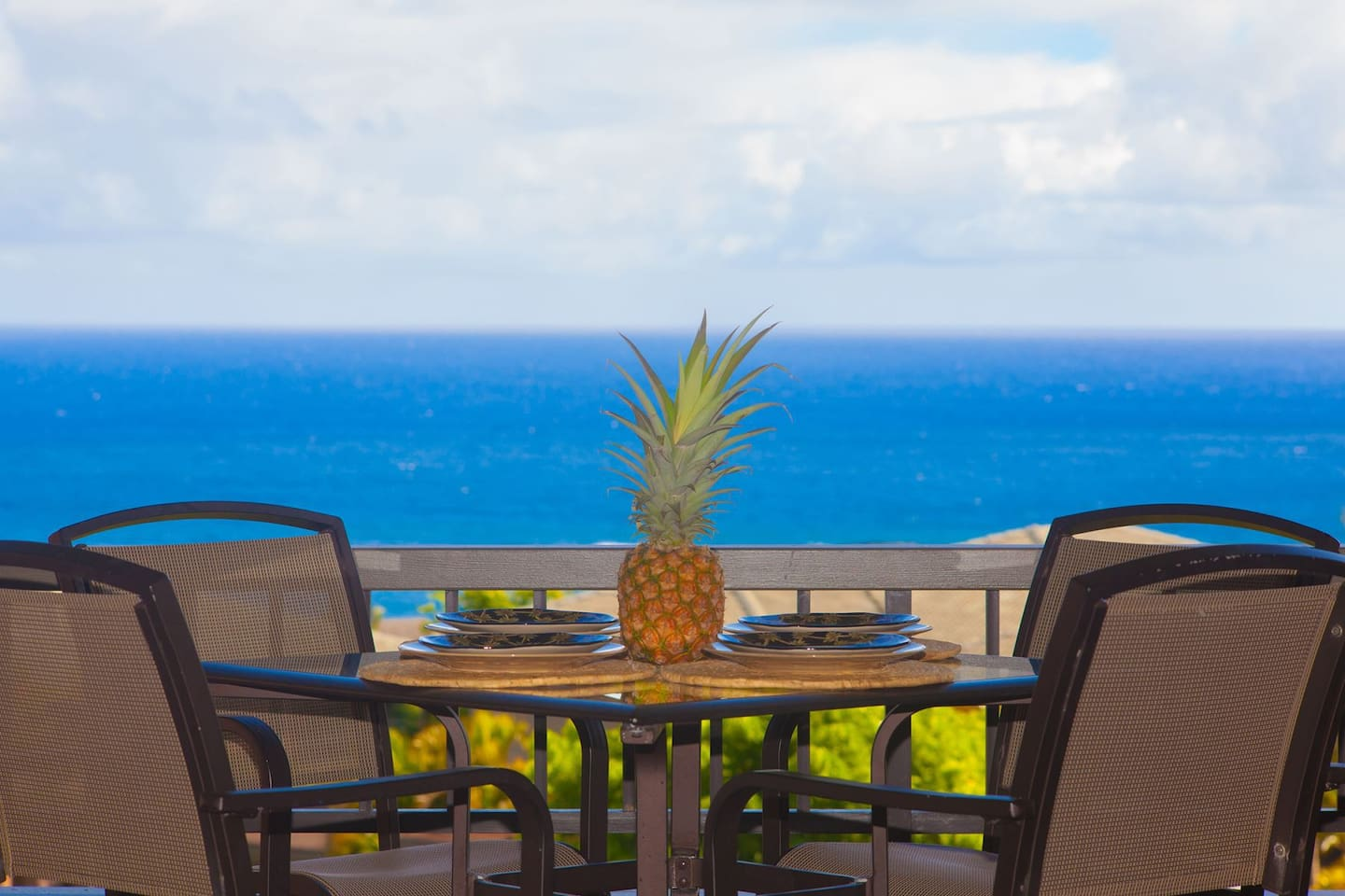 Enjoy a fabulous Maui dinner with good company and stunning ocean views