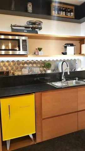 Apartamento A, Leblon Luxo, Praia 100m, NETFLIX