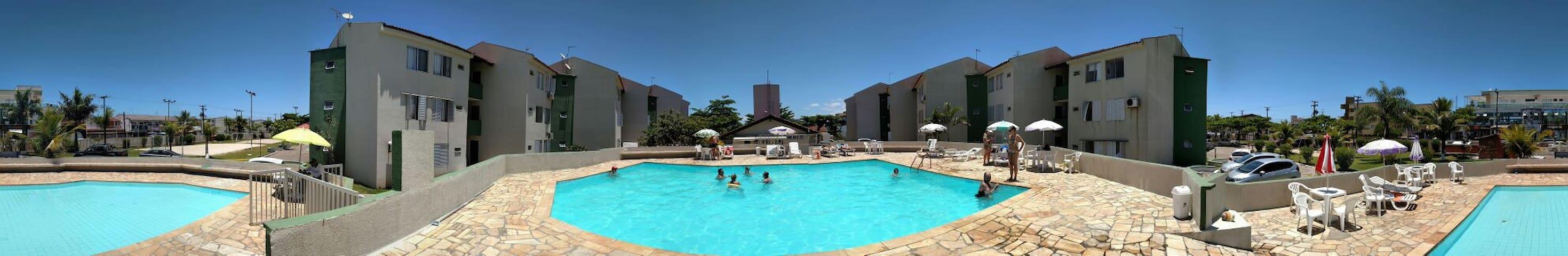 APTO ESPETACULAR  COM PISCINAS A 50 M DO MAR