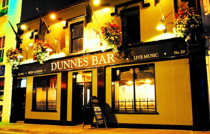 Value Accommodation @ Dunnes Bar