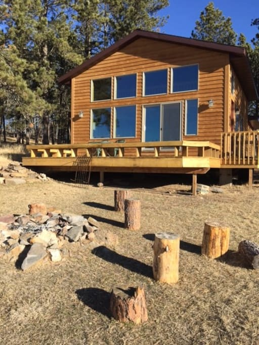 Custer cabin cabins for rent in custer south dakota for Cabins near custer sd