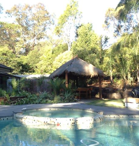 The spa & resort style Bali Hut