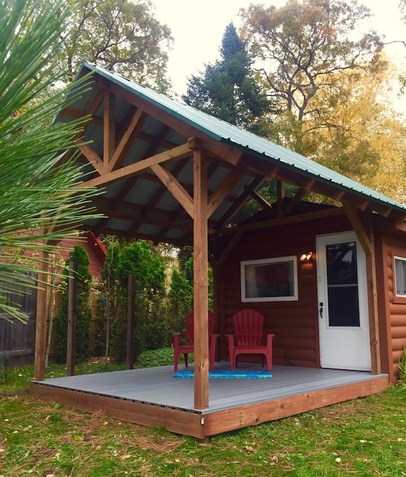 NEW Oct 2018! 10'x12' covered porch for our guests to enjoy! Will update picture as I have fun with decor! Come see it for yourself!