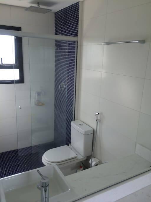 Ensuite Bathroom - private