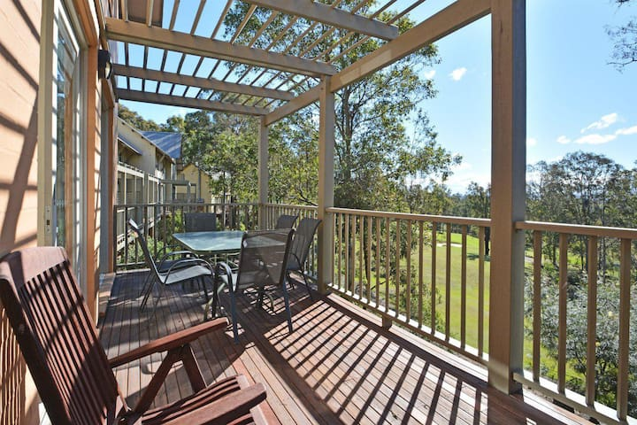 Villa Executive 2br Prosecco DS located within Cypress Lakes Resort