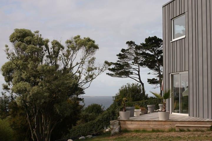 Grande maison, vue mer