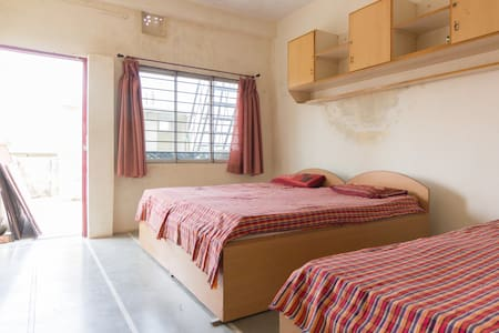 Sukhi Guest House