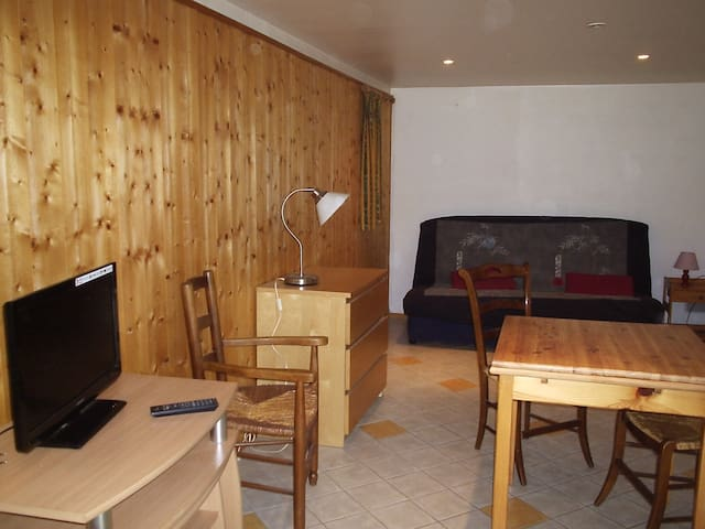 Appartement/studio 2 personnes Lodeve - Lodève - Apartment