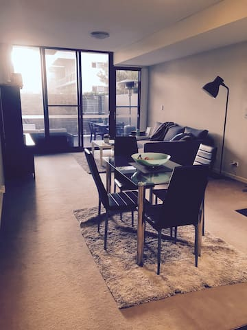 Charming Apartment with Courtyard - Zetland - Lägenhet