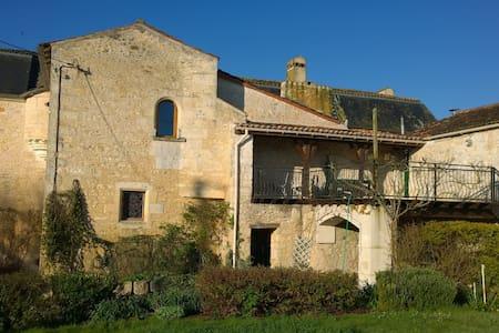 Porthos - La Brossardière le Logis - Taillebourg