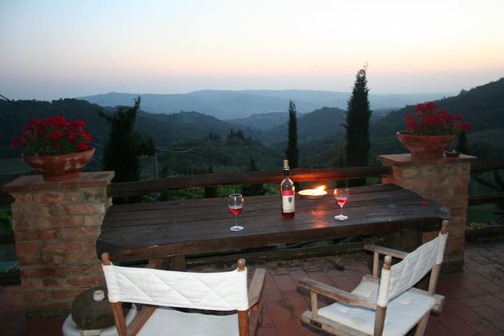 Stunning Tuscan apartment for 2 - Greve in Chianti - Huoneisto