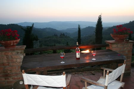 Stunning Tuscan apartment for 2 - Greve in Chianti