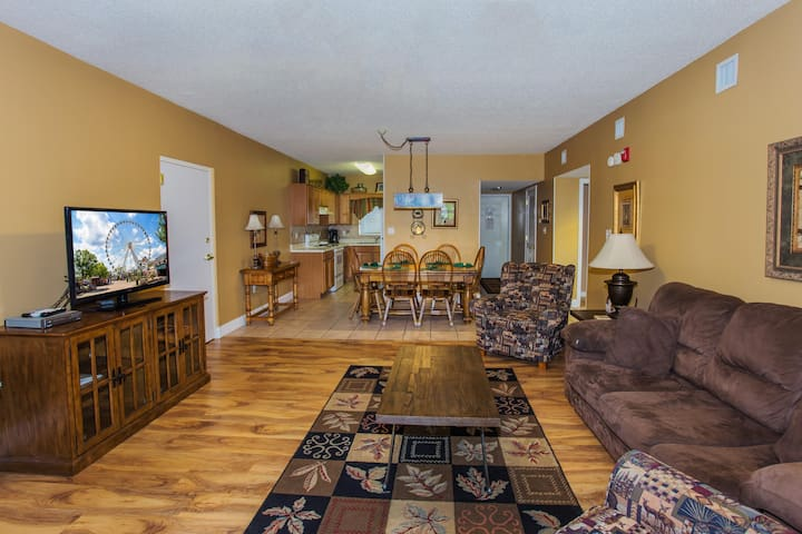 Riverside 2 BR-Walk to The Island & Parkway