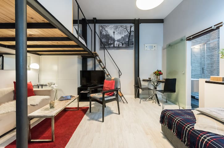 Studio Centre- Reina Sofia-Atocha-WiFi, A/C