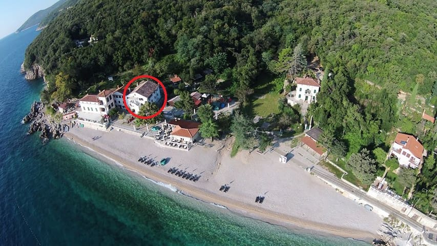App 2 direct on the beach - Mošćenička Draga - Apartment