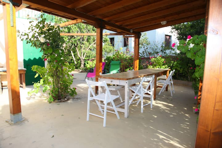 Appartamento La traversa con giardino