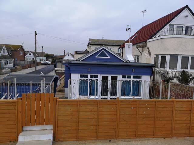 Beautiful Sea side House - The Blue House