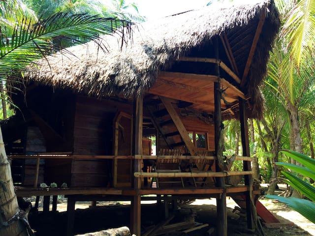Casa Tortuga. Ensueños. Little Corn Island