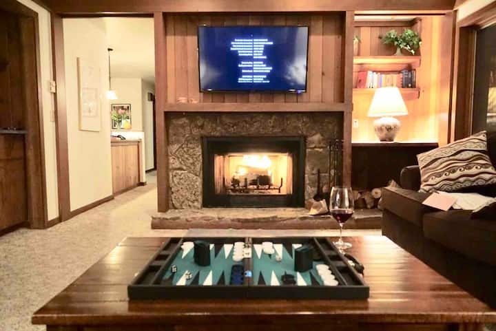 Iconic Teton Village Bogner Penthouse-Full 2BD/2BA
