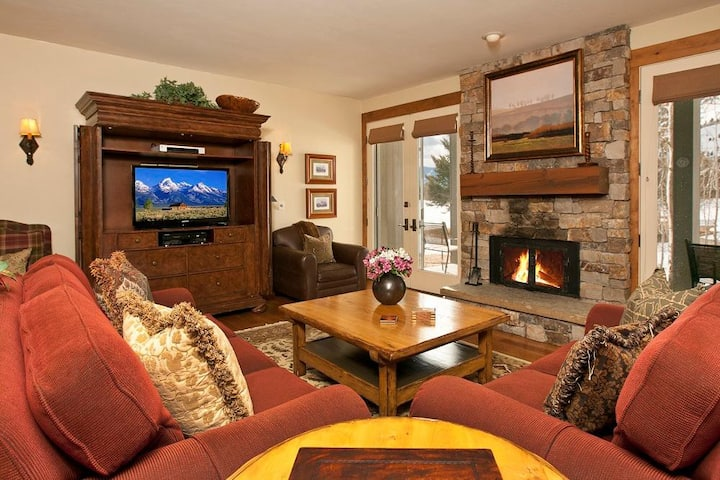 Teton Residence Club 5: Teton Pines **Rare Find** Exquisite 2 Bedroom