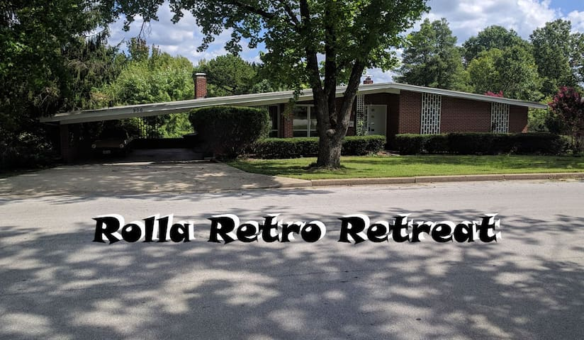 Rolla's Retro Retreat is located close to campus near BerJuan Park.  It is a enjoyable step back in time with modern amenities.  Perfect for the military and business travel and great for family travel all year 'round!