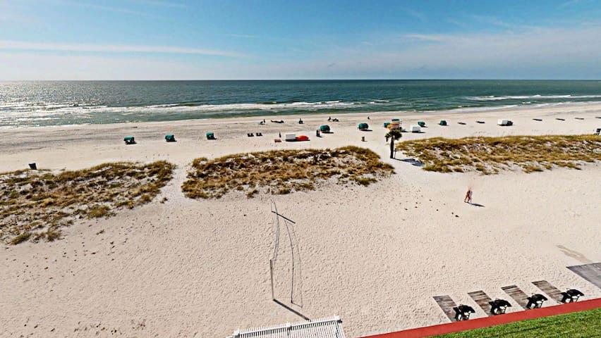 517 - Standard King Ocean View