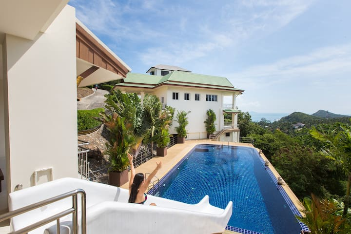 Villa Brussou-Luxury 3BR Villa with Waterslide