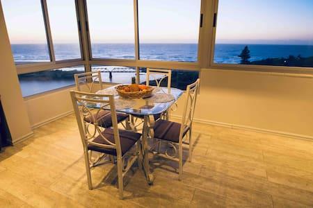 True Horizon Holiday Apartment