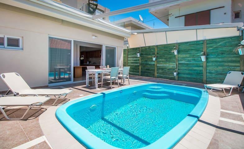 Swimming Pool-Back Yard
