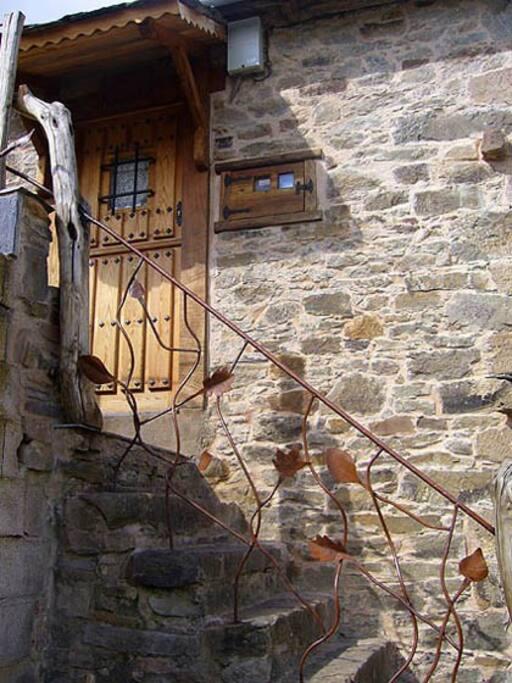 Detalle escalera de entrada