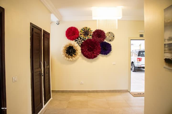 La Clé Luxury furnished Apartments, Bonapriso