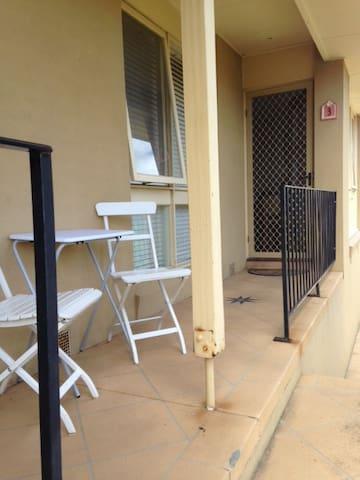 Sunny light MorningtonBeachside Apartment/Unit - Mornington - Apartamento