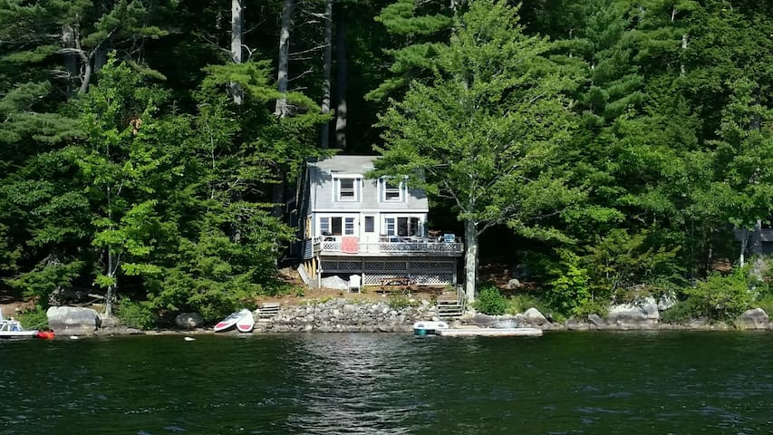 Camden Lakefront Cottage - Serenity on Megunticook - Lincolnville - Hytte