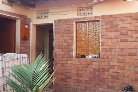 Come to the best guest house in Uganda, Masindi - Migadde - Rumah