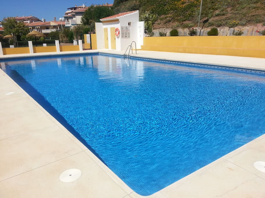 Swimming pool is the largest in all the area, around 18 mt in length