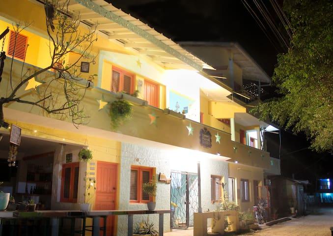 Casa Delfin Guesthouse @ Las Ballenas beach R2 - Las Terrenas - Bed & Breakfast