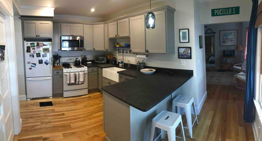 Updated Apartment in South Portland