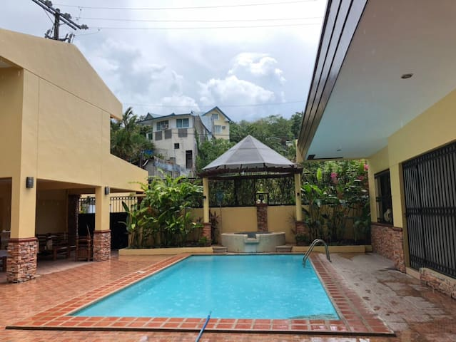 Budget Friendly Villa Pansol (Hot Springs)
