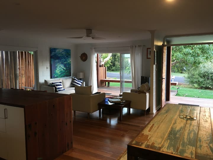 Friendly Relaxed Beach House in Iluka