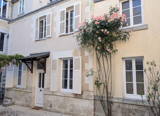 Petite maison calme en hyper-centre d'Orléans