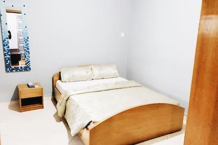 Maxwell Court Apartment-Vishnu - Accra