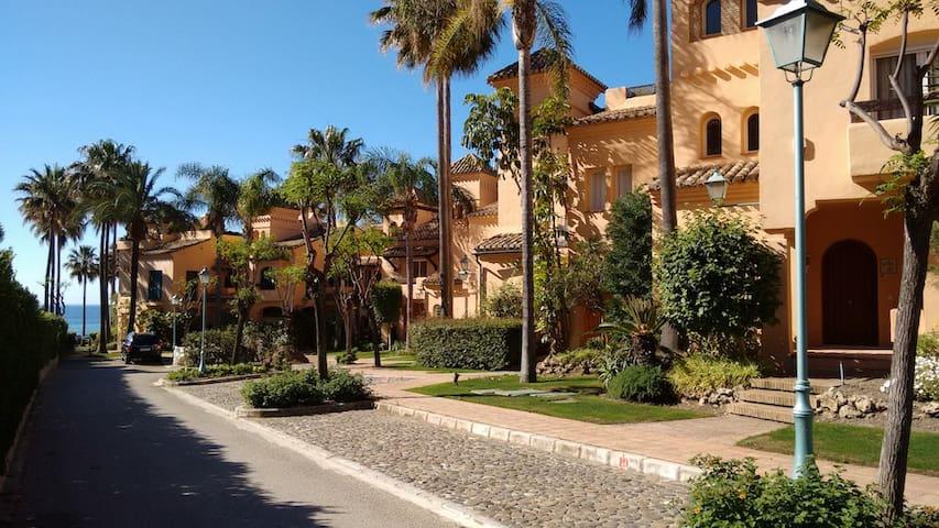 Grand frontline beach house in Estepona