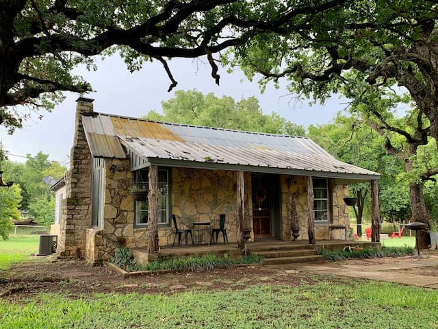 Country Charmer near Bosque River