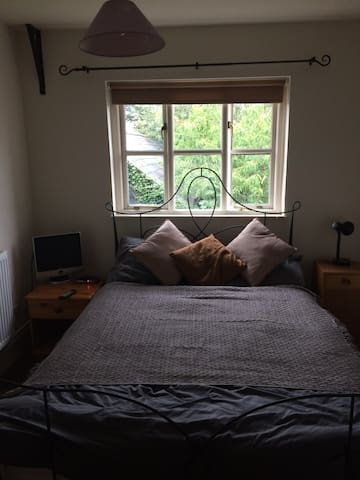 Lovely double room in converted barn very private.